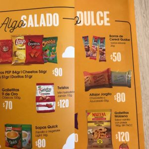 precios alimentos avión de Flybondi